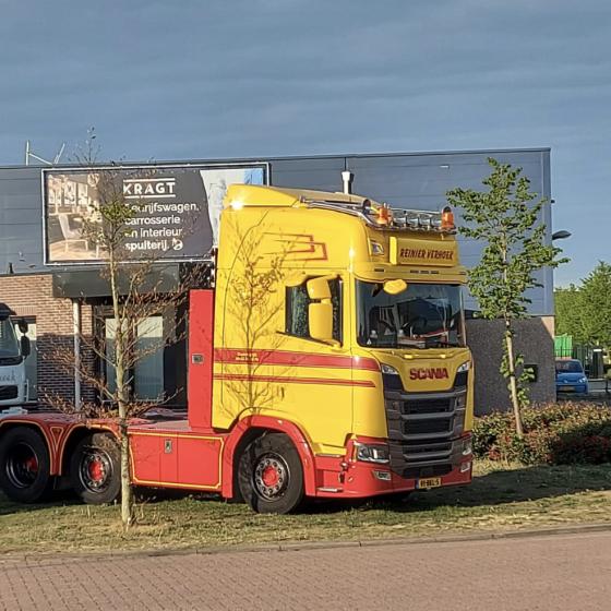 Spuitwerk Scania vrachtwagen